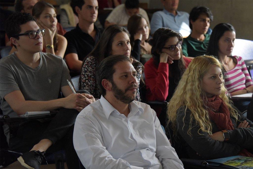 UCR Estudiantes y profesionales de salud combatiran el cancer con nuevos conocimientos biologicos2