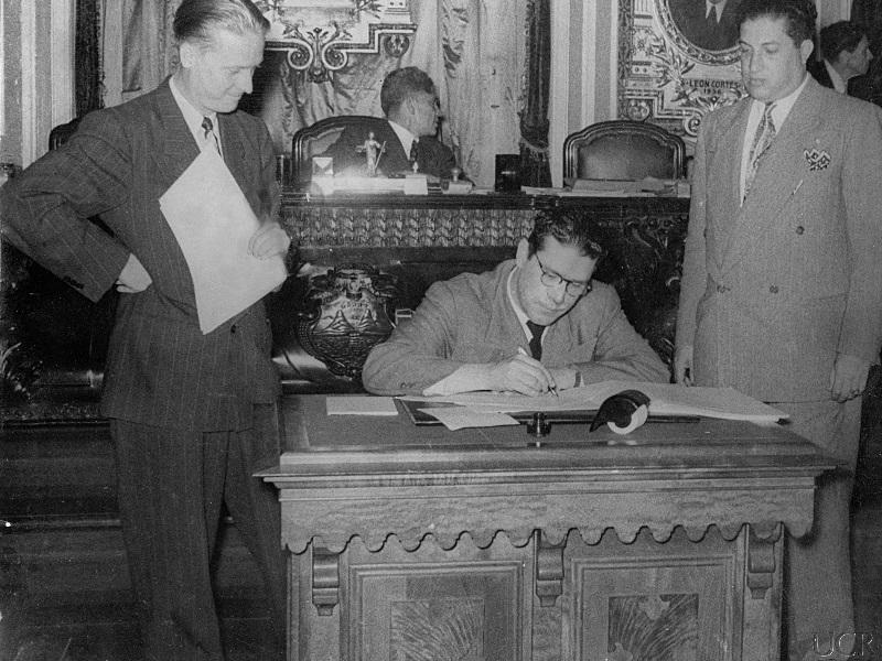 UCR celebra el centenario de la Reforma de Cordoba4