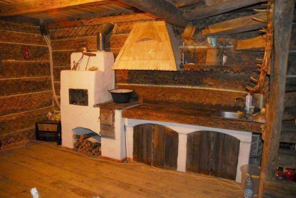 despre-case-din-lemn-vechi-mester-Danut-Hotea-case-rustice-din-lemn-16