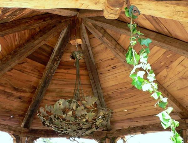 despre-case-din-lemn-vechi-mester-Danut-Hotea-case-rustice-din-lemn-9