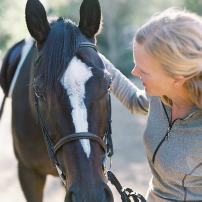 You too can befriend an ex-racehorse. (Photo Credit: Horses Who Love)
