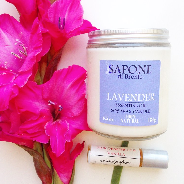 soy candles candle candels candel vegan beeswax sapone di bronte handmade lavender nontoxic sustainable sustainability blog blogger