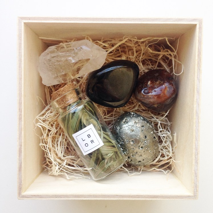wildfire crystals wild fire chrystals crystal stone healing unique gift ideas gifts little box rocks review sustainable daisy
