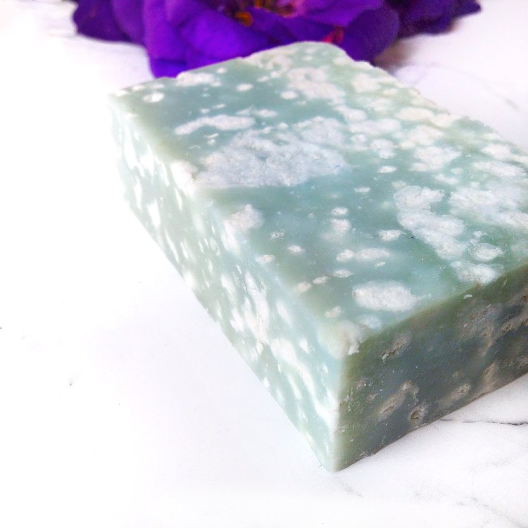 vegan skincare skin care eco-friendly green beauty ecofriendly sustainable crueltyfree cruelty free gluten body oil soap