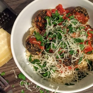 Mushroom vegetarian meatballs with Marinara Sauce and Cousous