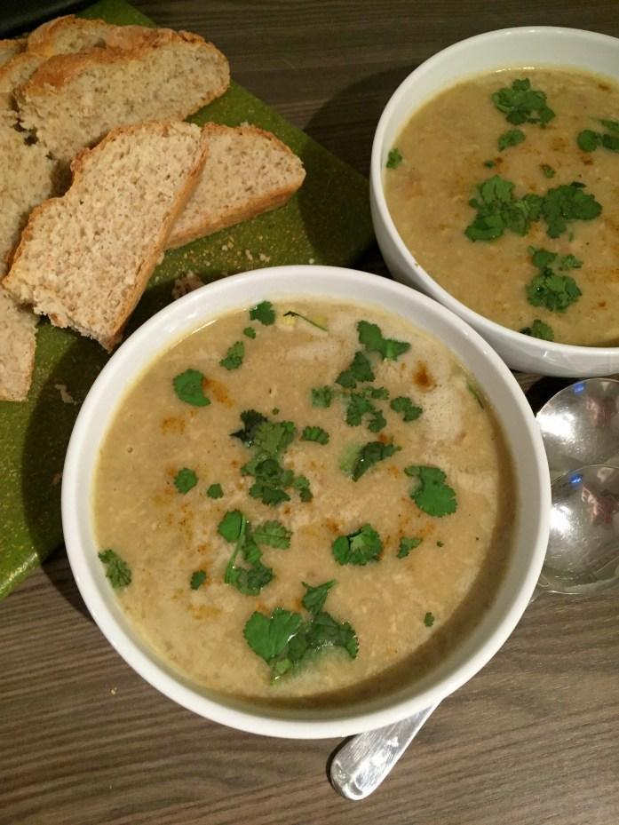 Creamy Curry Mushroom Soup | Susty Meals | Sarah Irving