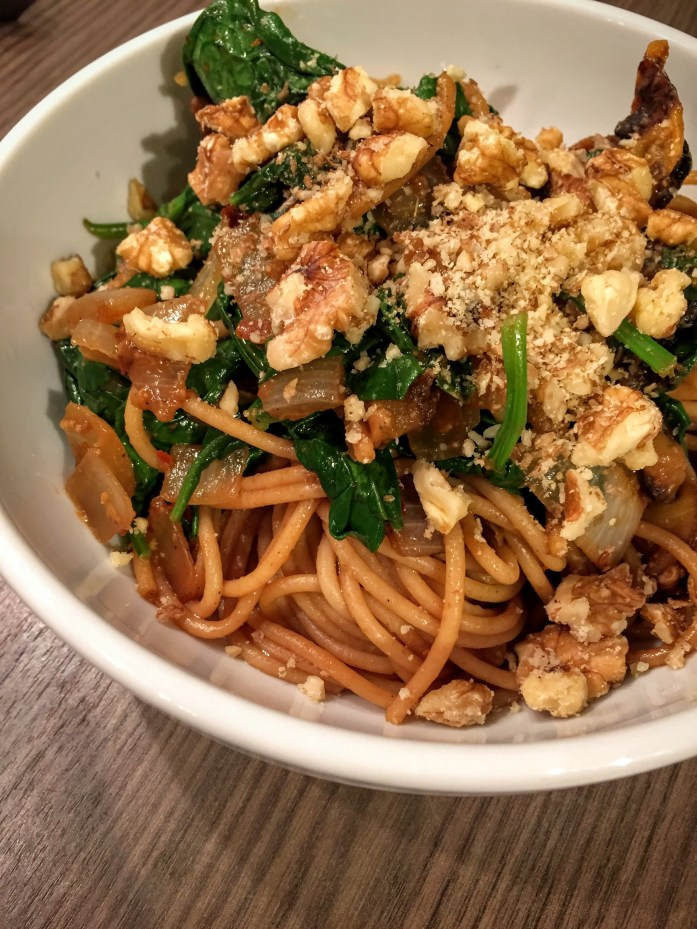 Roasted Pumpkin, Spinach and Walnut Spaghetti | Pumpkin Recipes | UK | Sarah Irving | Susty Meals