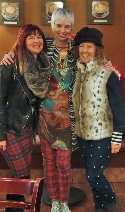 Suzanne Carillo , Bag and a Beret Melanie, Sue A Colourful Canvas