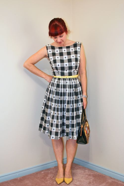 Black and white gingham vintage dress how to wear vintage clothing over 40