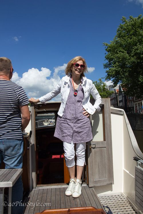What sylvia wore on the canals 40 plus style how to wear white suzanne carillo style files