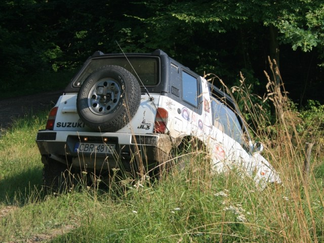 Suzuki Vitara – Biała Suka Leszka
