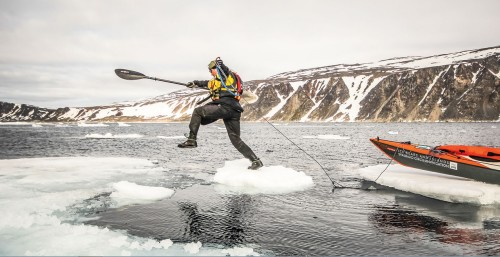 PG Jumps between two floating chunks of ice