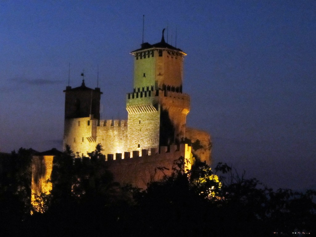 San Marino at night