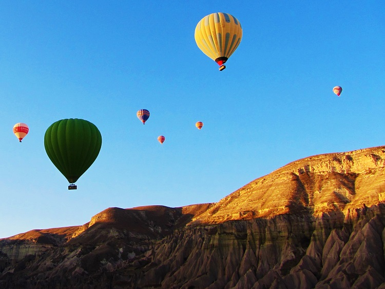 turkey-cappadocia-balloon-others-as-landing