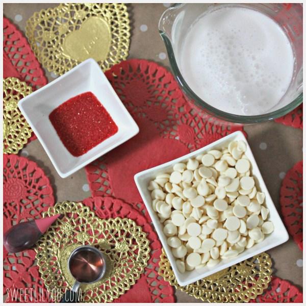 raspberry white hot chocolate milk