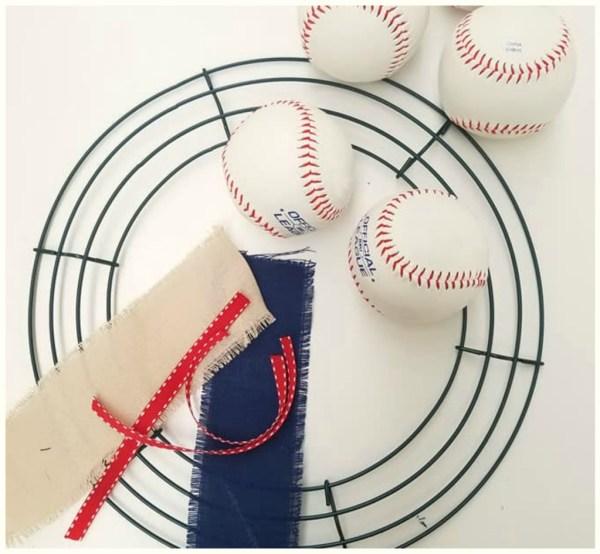 baseball wreath tutorial