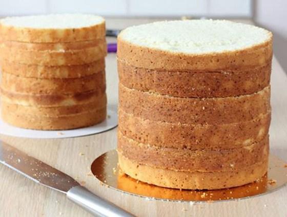 Comment découper un gâteau en plusieurs couches