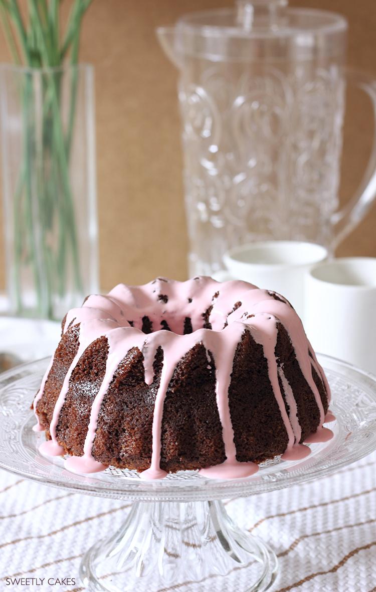 Bundt Cake glaçage rose