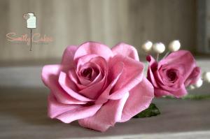 Arrangement de roses en gumpaste