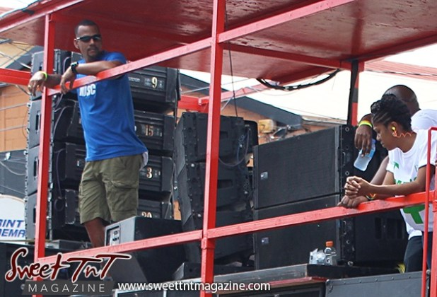 On top the DJ truck on Ariapita Avenue, Carnival 2017 in sweet T&T for Sweet TnT Magazine, Culturama Publishing Company, for news in Trinidad, in Port of Spain, Trinidad and Tobago, with positive how to photography.