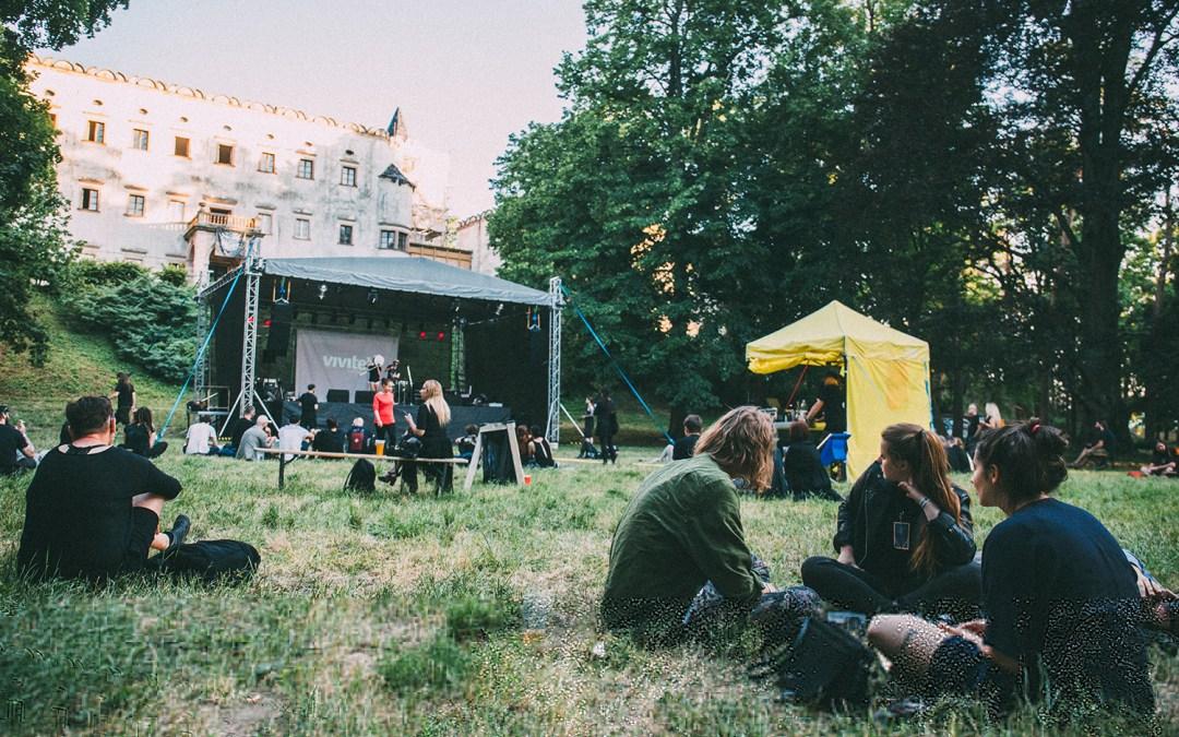 Atmosféra festivalu Hradby Samoty 2019 očami Márie Karľakovej