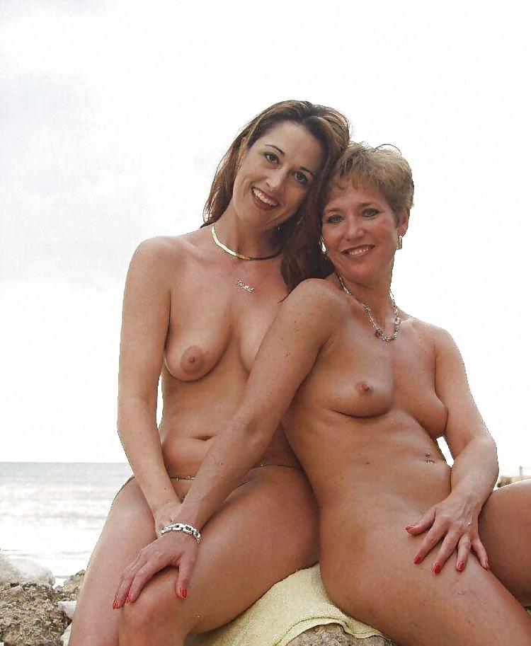 vintage mother daughter nude beach - DATAWAV