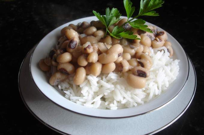 blackeye peas, NYD meal, grape salad 025