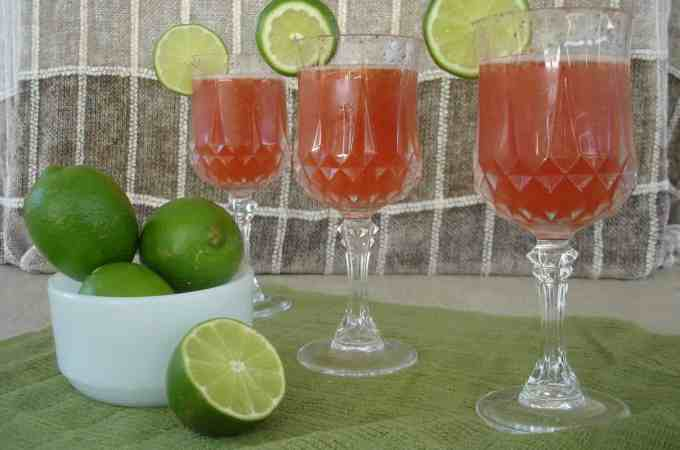strawberry limeade cooler 009