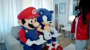 マリオとソニックがプレイヤーの演技を採点するWii U『マリオ&ソニック AT ソチオリンピック』の北米版TVCM