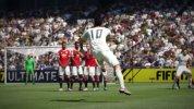 """ハメス・ロドリゲスを起用した、『FIFA 17』のゲーム機能""""セットプレーの改良""""紹介映像"""