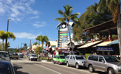 アーリービーチの街