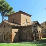 Baptistère de Ravenne
