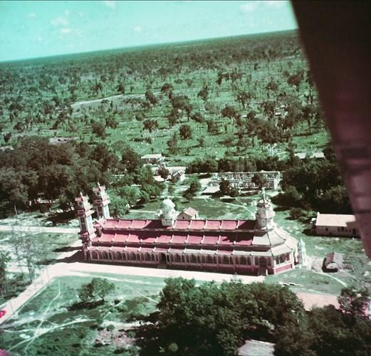 Mặt hông Tòa thánh Tây Ninh nhìn từ máy bay.