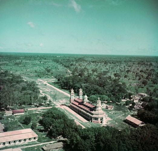 Mặt sau Tòa thánh Tây Ninh nhìn từ máy bay.