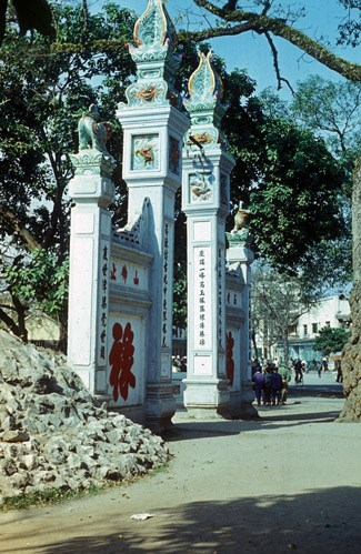 hanoi 1977 -2