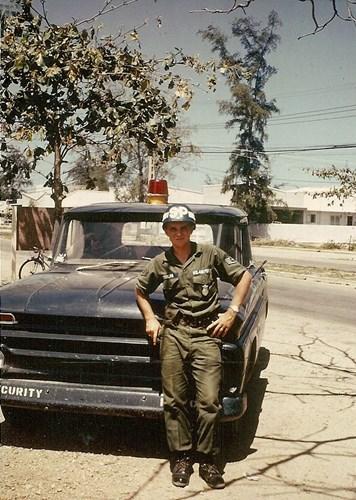 Chân dung một quân cảnh Mỹ ở căn cứ không quân Nha Trang.