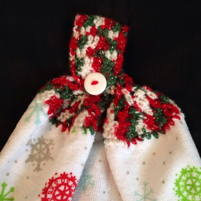 crocheted kitchen towel topper - Christmas and Snowflakes
