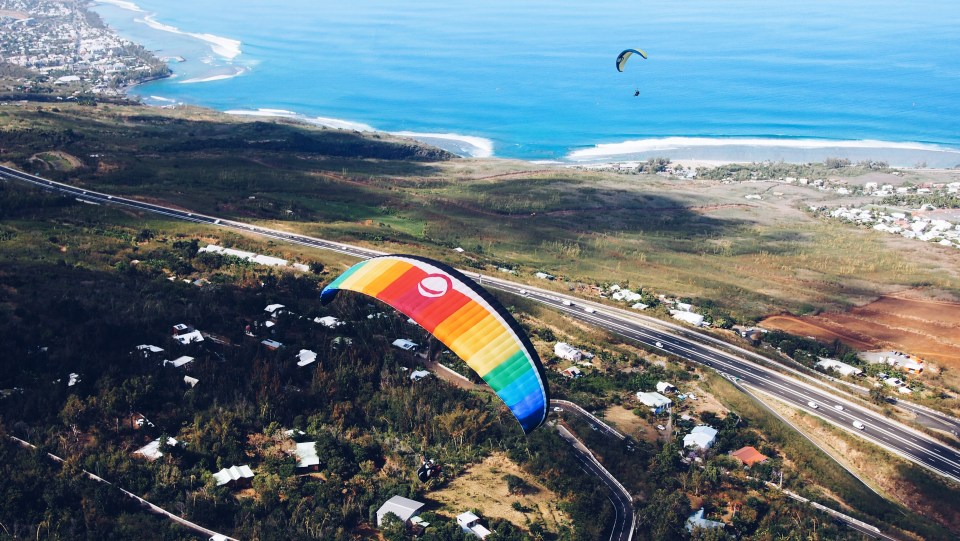 Paragliding to Kelonia