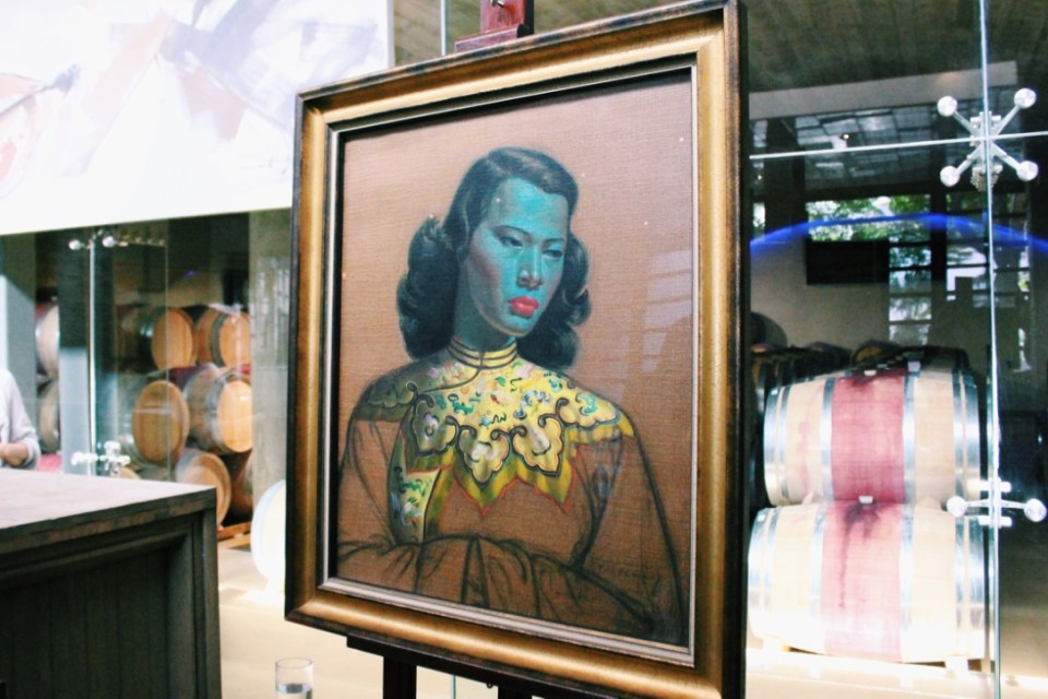 Vladimir Tretchikoff's iconic Chinese Girl casually on display