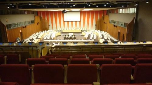 国連本部の会議室