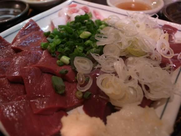人形町のおすすめ居酒屋「やきとん ひょっとこ」豚のレバ刺しが食べられる店 (5)
