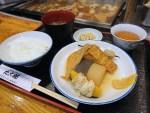 ちょくちょく、普通にお客さんで利用してます。お昼に関東煮(かんとだき/おでん)定食を!その理由は、、、