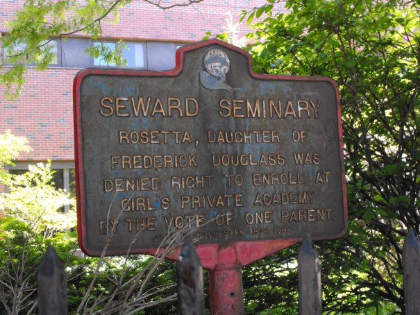 Historical marker installed in1984 on the tite of the former Seward Seminary on Alexander St south of Tracy Street near the old Genesee Hospital (since removed). [Photo: Danny Busch, 2008]