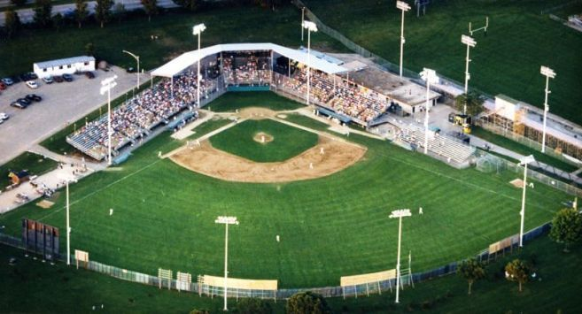993, Warner Park, Madison, Wisconsin. 1993 was the last year of the Muskies' existence. (Madison.com)