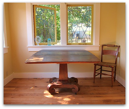 pedestal table repaired