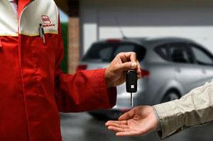 Recogida y entrega de tu coche a domicilio en Santiago de Compostela Bembibre Val do dubra