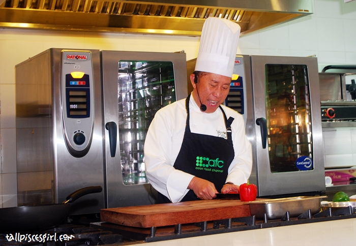 Chef Martin Yan is a very funny person. He has so much passion in him, it's contagious!