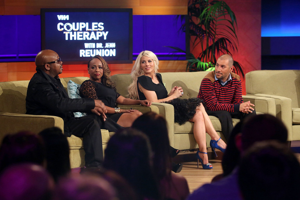 Couples Therapy With Dr. Jenn | The Reunion | VH1 - YouTube