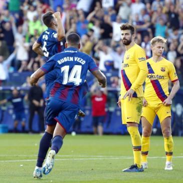 Levante dio el golpe ante Barcelona con una ráfaga de goles