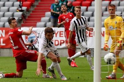 Fiesta total para el Bayern campeón en la victoria ante el Friburgo
